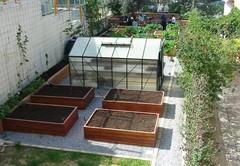 school_garden_apr_2009.JPG